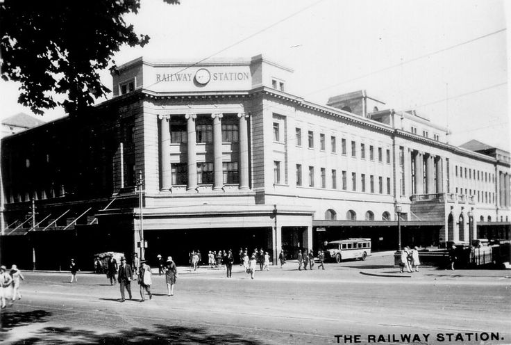 Adelaide Railway Station in South Australia in 1950.