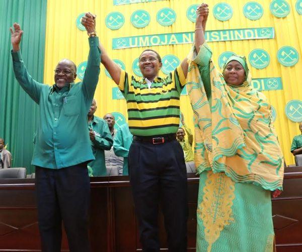 Samia Suluhu Hassan por hacer historia como primer mujer vicepresidenta de Tanzania. Visite nuestra página y sea parte de nuestra conversación: http://www.namnewsnetwork.org/v3/spanish/index.php  #nnn #bernama #tanzania #presidenta #presidente #elecciones #africa #samia #news #noticias #breakingnews #pics #election