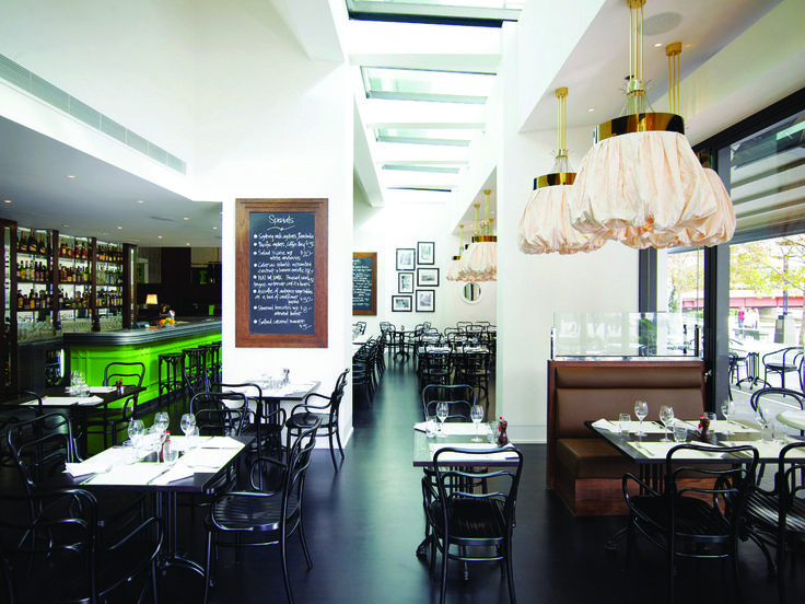 Red Design Group's reincarnation of Bistro Guillaume at a prime riverside promenade tenancy within the Crown Entertainment complex in Melbourne is responsive to a brief that desired a harkening back to French bistro traditions.