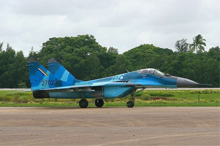 Three-tone colour scheme Myanmar Air Force MiG-29 MRD - more grey than BD colour scheme