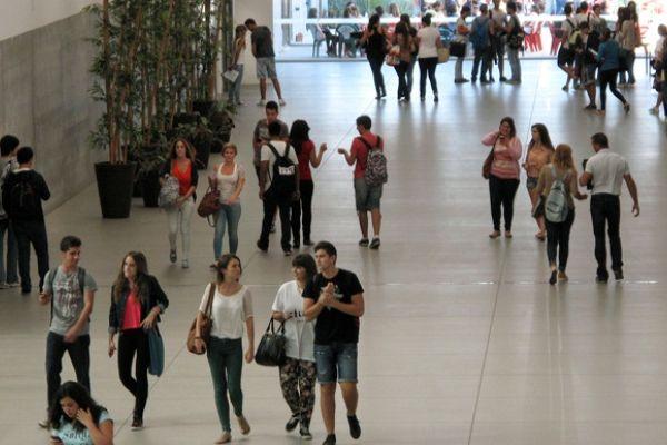 55 becas de idiomas para los mejores expedientes -  Enmarcadas en Andalucía Tech, se solicitan en septiembre, e irán a los alumnos que obtengan la más altas calificaciones en la Selectividad de junio.