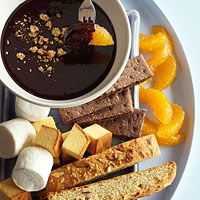 S'more Swiss Chocolate and Honey Fondue: Serve with dippers like marshmallows, orange segments, biscotti. Recipe: http://www.midwestliving.com/recipe/smore-swiss-chocolate-and-honey-fondue/: Eating Desserts, Food Desserts, Vegans Marshmallows, Fondue Ideas, Honey Fondue, Smore, Fondue Recipes, Swiss Chocolates, Orange Segment