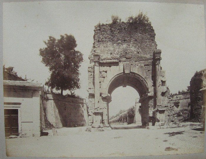 (Roma. Arco di Druso) 1880