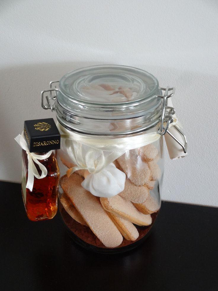 Leuk cadeau! Weckpotje met ingrediënten voor Tiramisu.