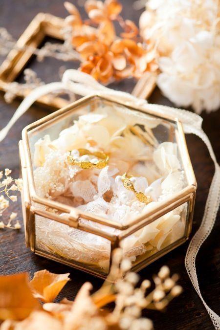 花嫁DIYのお手本にしたい♡インスタグラムで見つけた可愛い〈ボックス型〉リングピローまとめ*にて紹介している画像