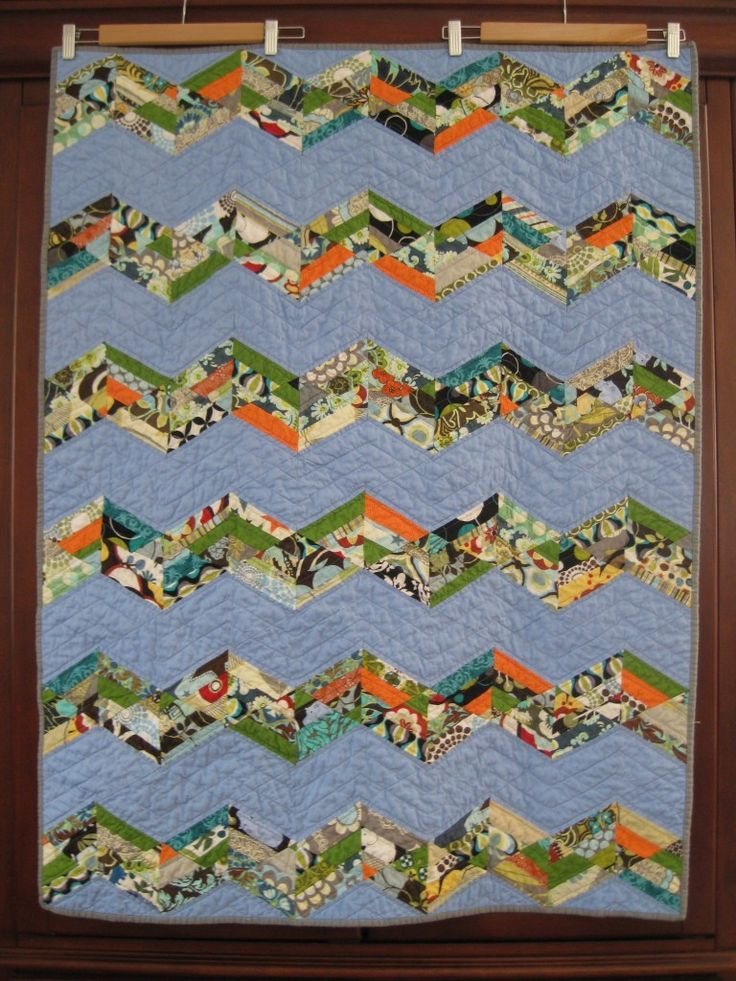 56 best images about Sixty Degree Triangle Quilts on Pinterest Triangle quilts, Reunions and Quilt
