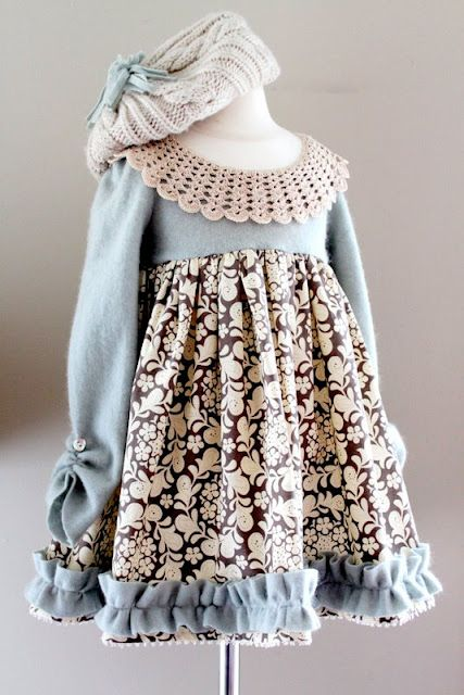 The Cottage Home: Winter Wonderland Dress TutorialLittle Girls, Dress Tutorials, Dresses Tutorials, Sweaters Dresses, Winter Wonderland, Cashmere Sweaters, Wonderland Dresses, Winter Dresses
