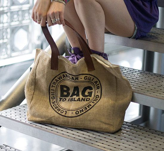 Upcycling : sac en toile de jute vegan
