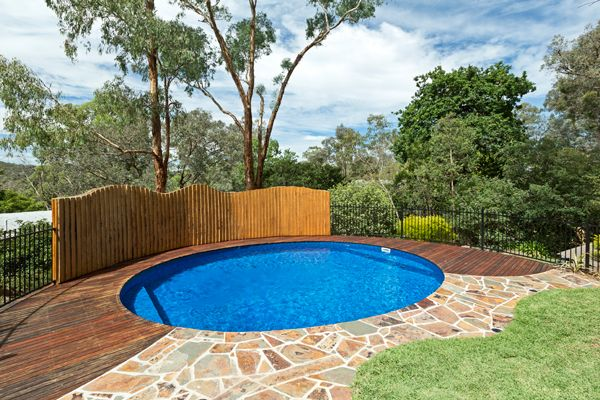 This egg-like circular pool design is the perfect family pool! Measuring 7.3m x 6.0m with pool steps at both ends, ideal for small children.