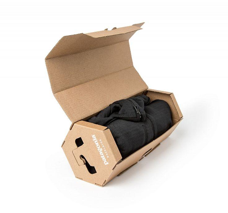 Специалисты издизайнерской студии Capsule, которая находится вМиннеаполисе, разработали новый дизайн упаковки длятермобелья PATAGONIA. Целью дизайнеров было непросто обновить упаковку, носделать так что бы увеличились розничные продажи, иэтоим удалось, розничные продажи выросли на70%! Шестигранную форму коробок придумали дизайнеры Yvon Chouinard иTom Frost, вдохновением послужила простая шестигранная гайка. Изготавливаются коробки из100% пригодного кпереработке гофрокартона. Кроме…