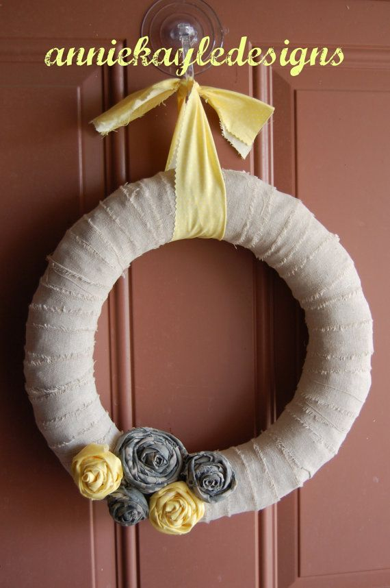 military wreath- I want to make this:)  Maybe craft day with the other wives.