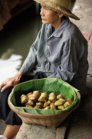 Images from our food story in Thailand.