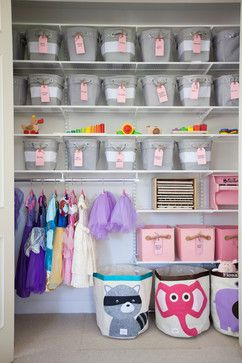 Play dress up Hanging up costumes and putting accessories in labelled boxes and crates is a great idea to help kids find what they're looking for, and will make tidy-up time easy.