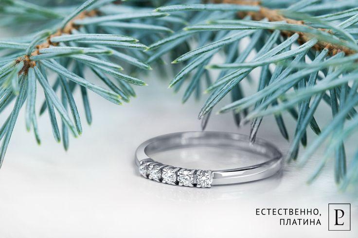 Нежный дизайн женского кольца из платины с бриллиантами от Platinum Lab покорит сердце каждой красавицы! #ring #brilliant  #rings   #кольцо  #jewelry #platinum #PlatinumLab #diamonds #jewellery #present #cute #wedding #кольцо #бриллиант #ювелирныеукрашения #платина