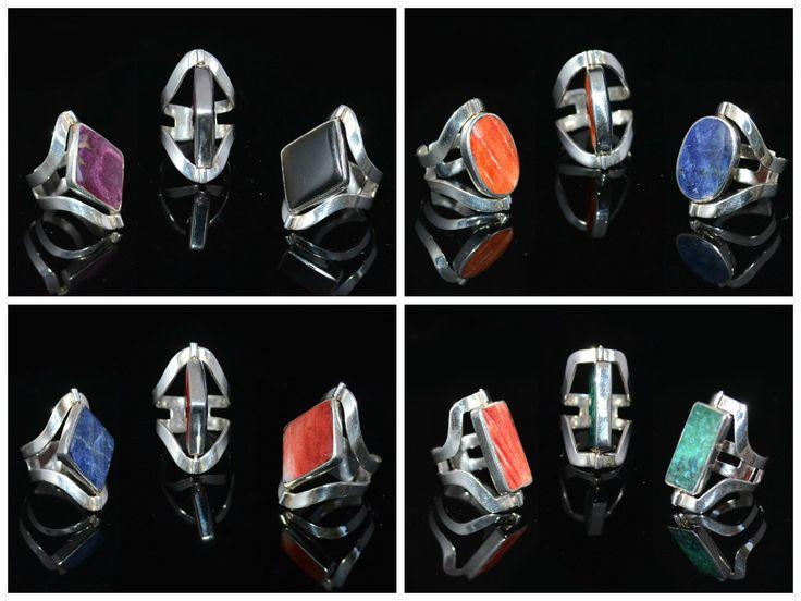 Prachtige zilveren ringen. Deze ringen zijn verstelbaar en draaibaar (twee kanten met 2 prachtige halfedelstenen)