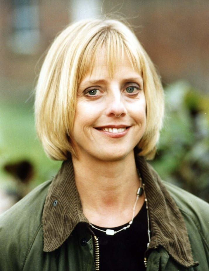 """""""Notting Hill"""" And """"The Vicar Of Dibley"""" Actor Emma Chambers Has Died At 53, such sad news, love and prayers for her family and friends."""