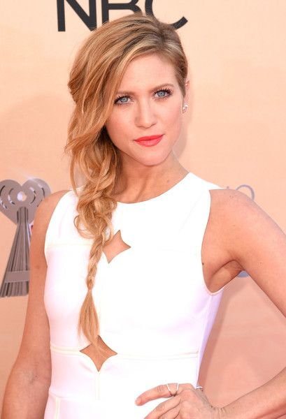Brittany Snow\