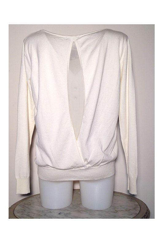 Pull Blanc à dos ouvert. Féminin et sexy... Sur Rosalie-Shop.com