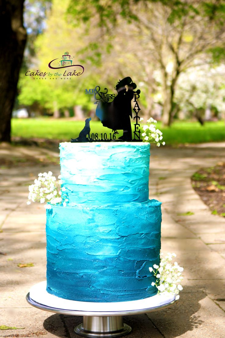 There is no distance too far for one of our creations as we travelled to Canberra to deliver this gorgeous wedding cake to Rydges Capital Hill for Kaija & John. The top tier consisted of a marble chocolate and white chocolate, with a double barrel chococolate mud bottom tier. The cake was layered with white ganache and covered in ombre buttercream. www.cakesbythelake.com.au www.instagram.com/cakes_by_the_lake