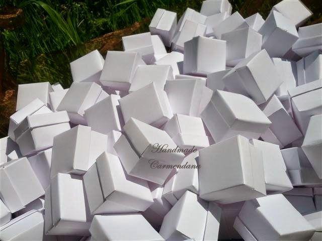 Cutiute albe / favor box