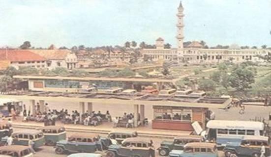 Terminal bawah ampera Palembang, tempo dulu.