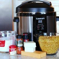 http://eatathomecooks.com/2014/03/pressure-cooker-macaroni-and-cheese