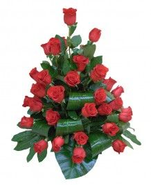 Cosuri de flori Cos din 43 de trandafiri rosii
