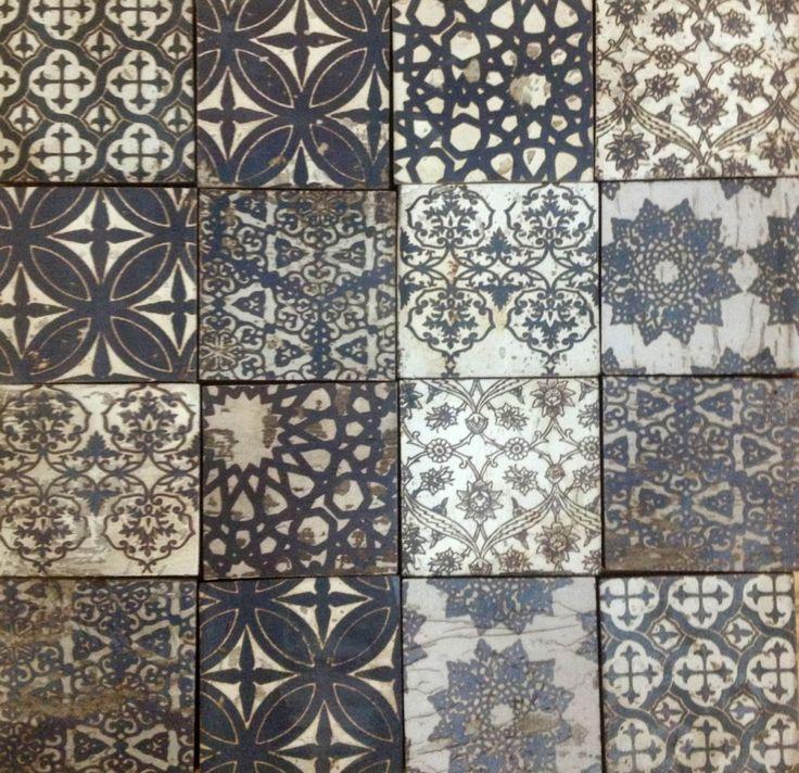 Moroccan Tile design - black/off white/browns