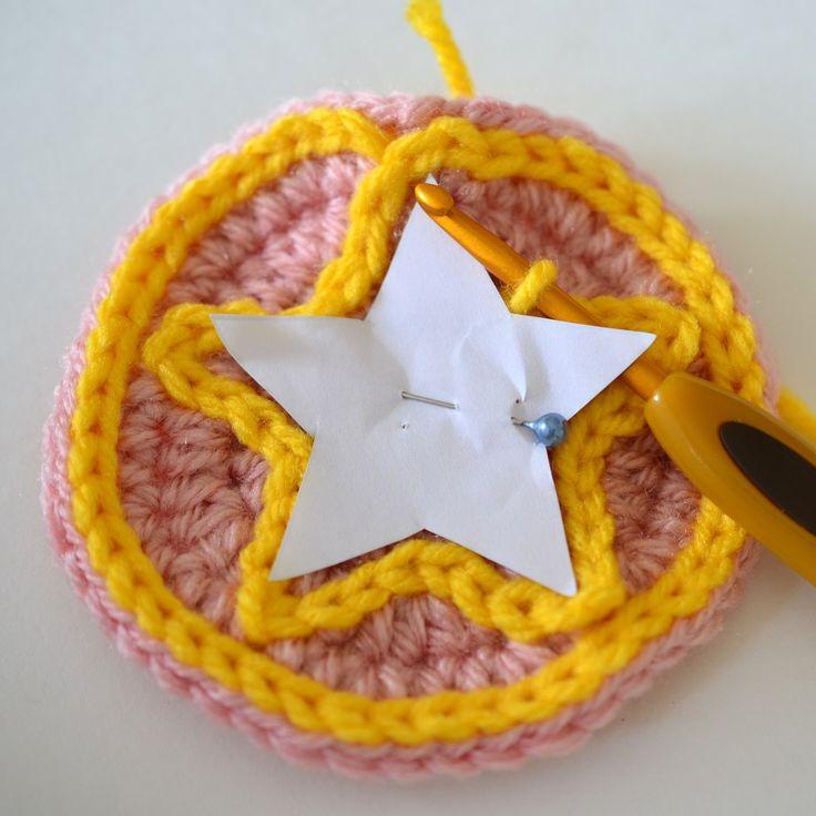 How to Make a Star with Slip Stitch ✿⊱╮Teresa Restegui http://www.pinterest.com/teretegui/✿⊱╮
