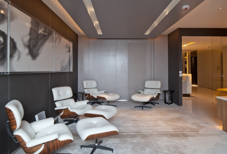 Timeless at Hotel ICON - A lounge for guests on Level 9