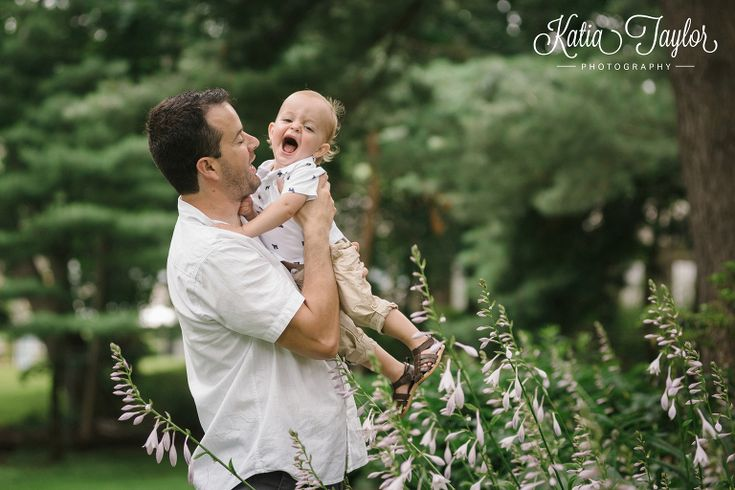 Dad and son play in Brueckner Rhododendron Park. Toronto Family Photography