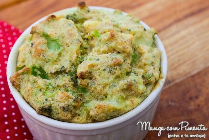 Receita de Suflê de brócolis Integral, perfeito para a semana santa! Para ver a receita, clique na imagem para ir ao Manga com Pimenta.