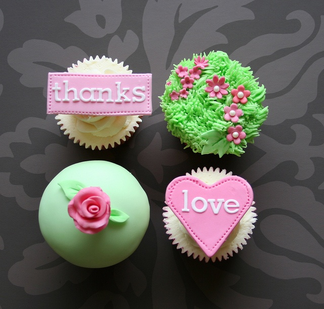 love cupcakes: Beautiful Cupcakes, Cupcakes Dreams, Spring Cupcakes, Cupcakes Heavens, Cupcakes Ideas, Springi Cupcakes, Cupcakes Crazy, Cupcakes Cuti, Creative Cupcakes