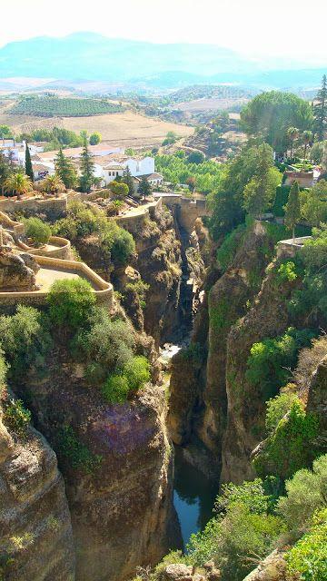 Los Jardines de Cuenca, sobre La Mina en Ronda (Málaga)andalusiahttp://reversehomesickness.com/europe/must-see-andalusia/
