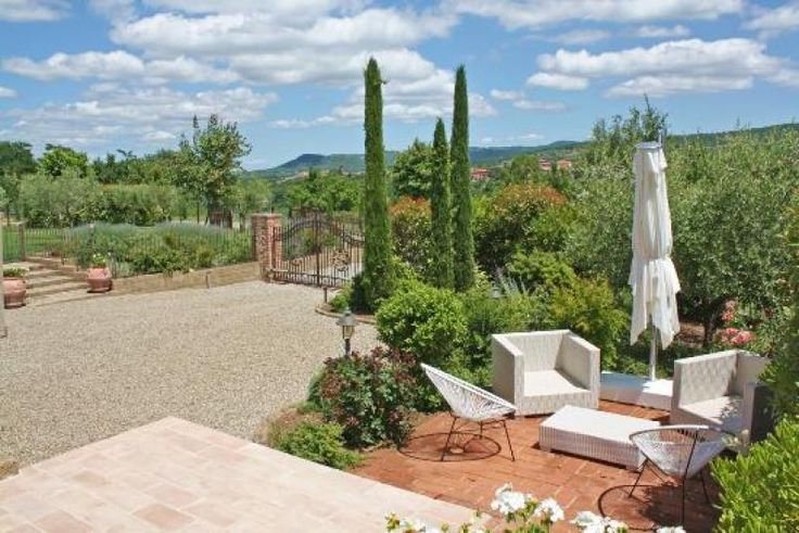 Property for sale in Umbria, Perugia, Piegaro, Italy - http://www.italianhousesforsale.com/view/property-italy/umbria/perugia/piegaro/0879157.htmlProperty ID 0879157 - Italianhousesforsale