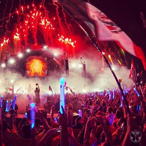 #tomorroworld2014Night