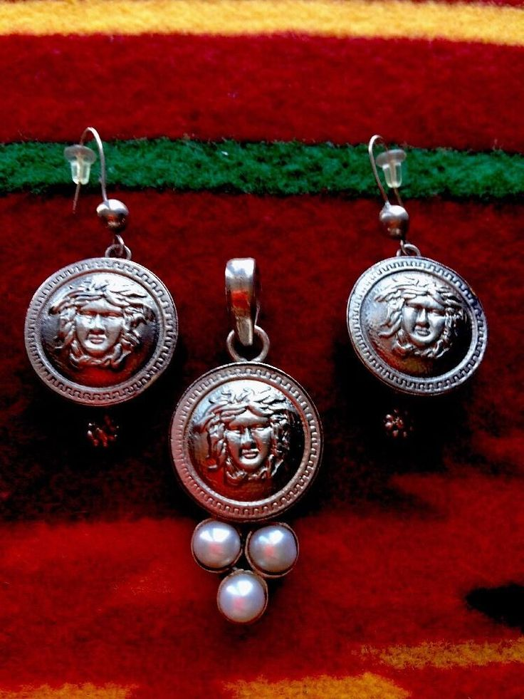 Sterling Silver And Freshwater Pearls Pendant And Earrings Set , Medusa Image  | eBay