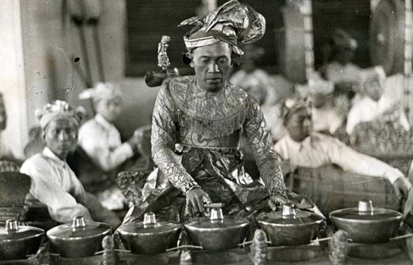 Balinese musician at Paris 1931
