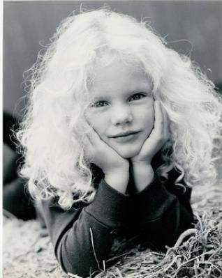 taylor swift childhood photos | Taylor Swift Childhood Picture When She Was 4 Years Old