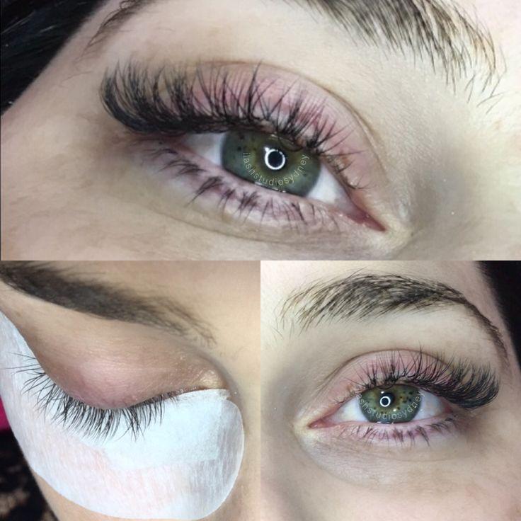 Expert tips on false eyelashes