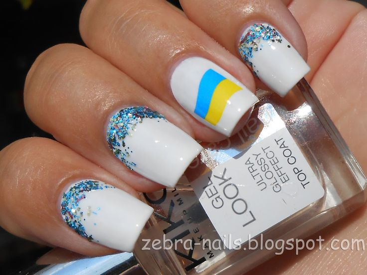 zebra-nails: Happy 23-rd Birthday, Ukraine!