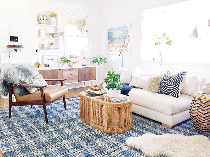 Bright Vintage Modern Living Room See Instagram Photos And Videos From Megan Martinez Bohobeachbungalow