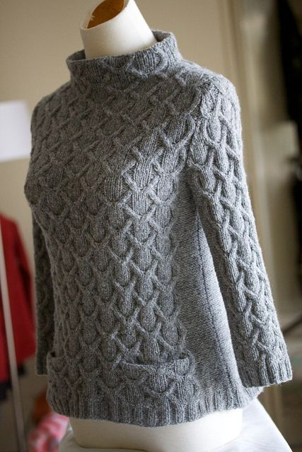 Designer: Olga Jazzy simply stunning pullover!