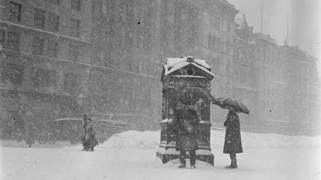 vintage alledaagse: 32 zwart-wit foto's tonen de schoonheid en de ellende van de winter in Boston van tussen de jaren 1910 en 1930