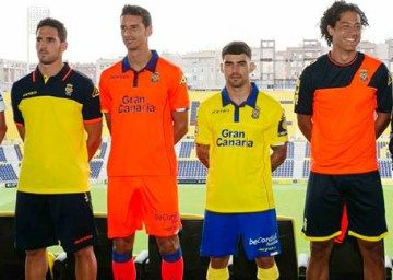 UD Las Palmas 2016/17 Acerbis Home and Away Kits | FOOTBALL ...