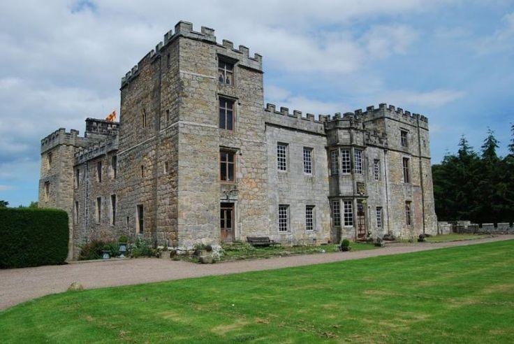 10 мистических замков с привидениями • НОВОСТИ В ФОТОГРАФИЯХ