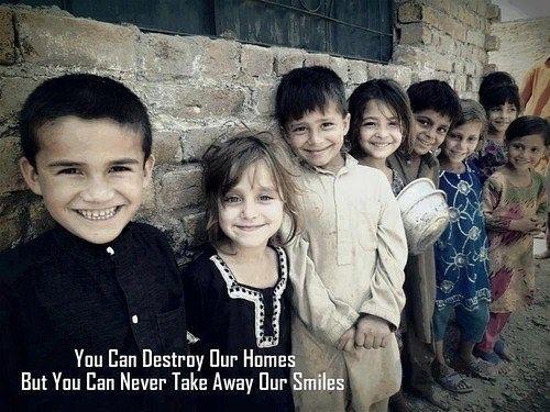 #smile #syria #mülteci #home #ev #gülümse #suriye #gazze #terroristisrael #israel #bessaresad by islamiyet.tumblr #masiva http://masiva.org