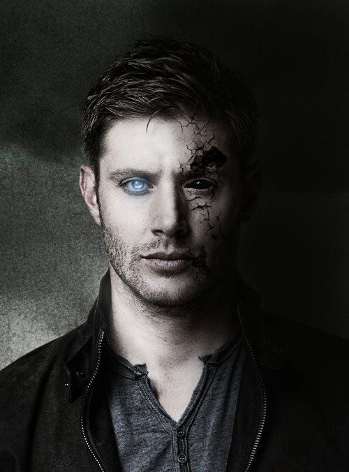 Angel/Demon Dean I think it's cool how his angel eye looks bugger than his demon eye when in reality they're open the same amount: