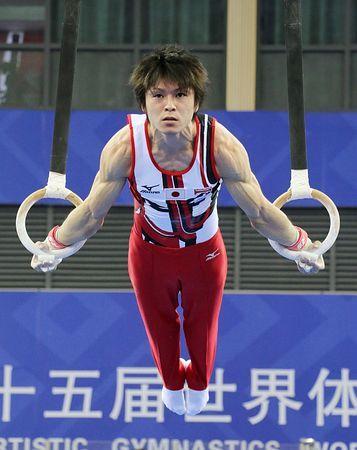世界体操選手権の本番会場で、つり輪の練習をする内村航平=30日、中国・南寧 ▼30Sep2014時事通信|内村、疲れの中で調整=日本男子が会場練習-世界体操 http://www.jiji.com/jc/zc?k=201409/2014093000806 #Kohei_Uchimura #内村航平 #Rings_gymnastics #吊环 #吊環 #2014_World_Artistic_Gymnastics_Championships #2014年世界竞技体操锦标赛