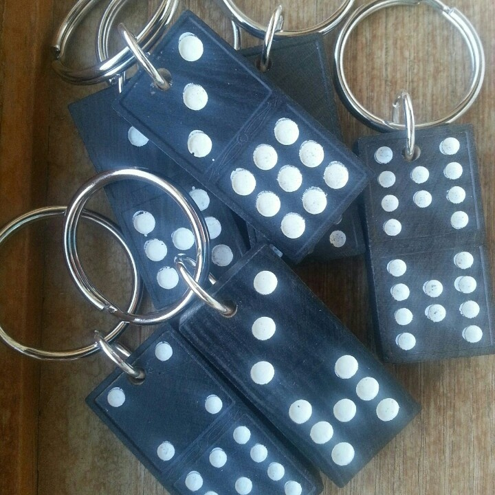 New! Dominoe key chains. What's your lucky number?: http://pinterest.com/pin/118712140149137051/